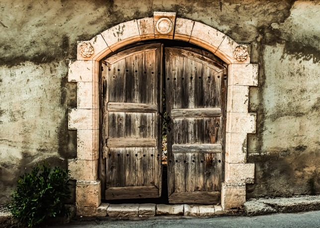 door-3733565_1920