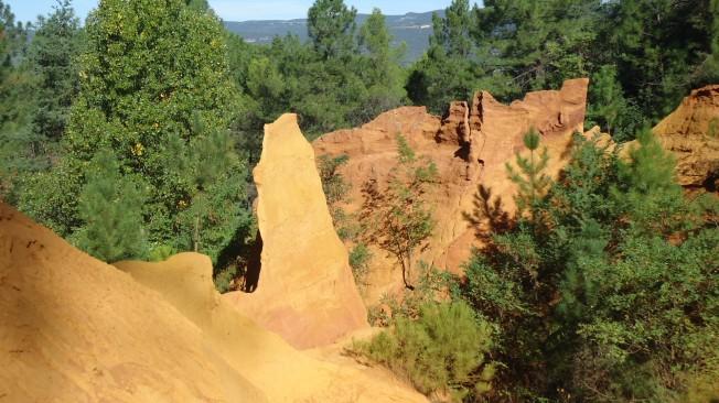 ocre cliffs 3