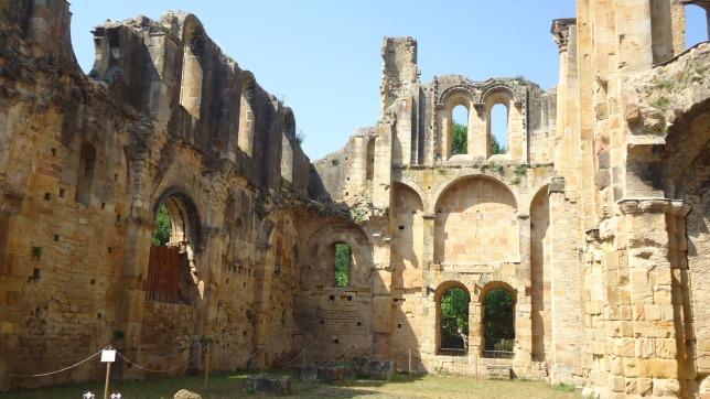 alet-abbey-2